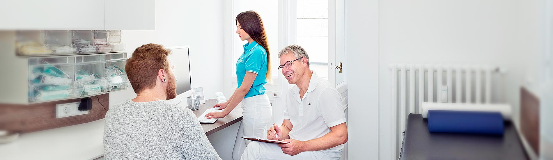 Chirurgische Praxis am Spreebogen – Dr. Jörg Müller im Gespräch mit Patient